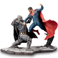 Dawn of Justice Batman & Superman ArtFX+ Figure by Kotobukiya Superman Movies, Batman Vs Superman, 3d Figures, Action Figures, Dc Comics Art, Marvel Comics, Superman Dawn Of Justice, Art Model, Movie Characters