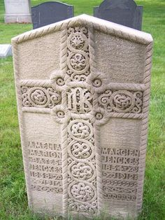 Celtic Cross - I think this is my favorite Celtic cross monument. The cross is so delicately carved, it looks like lace. Located in Swan Point Cem. in Providence, RI