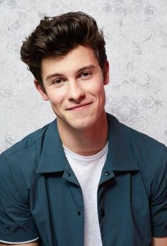 Shawn Mendes Brown Things brown color dream meaning Foto Shawn Mendes, Shawn Mendes Smiling, Shawn Mendes Quotes, Celebrity Crush, Celebrity Photos, Jamie Dornan, Shawn Mendes Lieder, Fangirl, Shawn Mendes Wallpaper