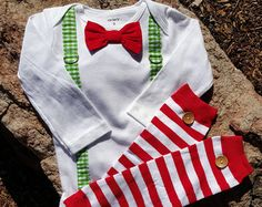 Christmas Baby Boy Tie Bodysuit with Suspenders with Button Leg Warmers - Holiday Photo Prop, Baby Christmas, Green Gingham, Grinch, Prop