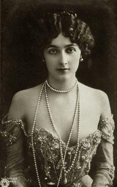 "Natalina ""Lina"" Cavalieri (25 December 1874 – 7 February 1944) was an Italian opera soprano singer, actress, and monologist."