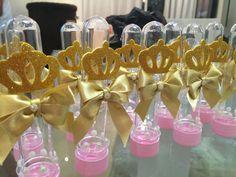 Tubete Tema Realeza, fazemos outras cores e temas por encomenda Baby Shower Princess, Baby Princess, Princess Party, Birthday Party Decorations, Birthday Parties, Princess Theme Birthday, Baby Cake Smash, Candy Bar Party, Crown Party