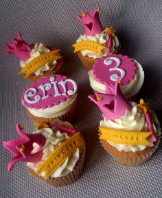 Princess Cupcakes - by DollybirdBakes @ CakesDecor.com - cake decorating website