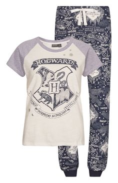 Primark ladies harry potter hogwarts marauders map t-shirt pyjamas pj set in clothes, shoes & accessories, women's clothing, lingerie & nightwear Mode Harry Potter, Harry Potter Style, Harry Potter Gifts, Harry Potter Outfits, Harry Potter Fandom, Harry Potter Hogwarts, Harry Potter World, Harry Potter Pyjamas, Harry Potter Products