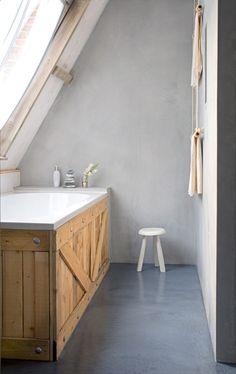 Concrete Design Ideas for your bathroom - Tadelakt Attic Bathroom, Attic Rooms, Barn Bathroom, Attic House, Bathroom Grey, Industrial Bathroom, Bathroom Cabinets, Bathroom Faucets, Bathroom Ideas