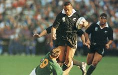 One of the iconic images of the 1995 World Cup final is Joost van der Westhuizen's tackle on Jonah Lomu