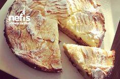 Soslu Elmalı Pasta Tarifi nasıl yapılır? 3.649 kişinin defterindeki Soslu Elmalı Pasta Tarifi'nin resimli anlatımı ve deneyenlerin fotoğrafları burada. Yazar: Ayşe Livaoğlu