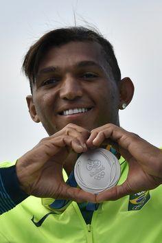 Centauro das águas, Isaquias Queiroz conquista a prata no C1 1000m no Rio…