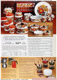 Retro Advertising, Retro Ads, Vintage Ads, Vintage Pyrex, Vintage Images, Vintage Kitchen Accessories, Retro Interior Design, Modern Dinnerware, Christmas Catalogs