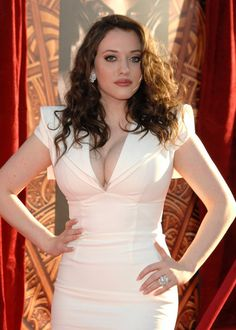 More Pics of Kat Dennings Long Curls Kat Dennings Pics, Beautiful Celebrities, Gorgeous Women, Kat Dennigs, Two Broke Girl, Non Blondes, Long Curls, Female Pictures, Actrices Hollywood