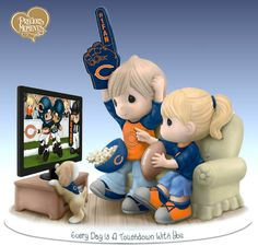 Sports Dolls and Figurines - Precious Moments Every Day Is A Touchdown With You Bears Figurine