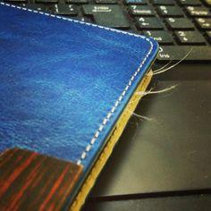 iPad Air のカバー、+Simplism(トリニティ)のスマートフリップノートを4日ほど気...