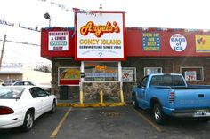 There is no better Chili Dog on earth!!! We love this place. Consumed many a dog here in the day!!