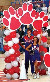 Use our exclusive paw power balloon arch to introduce athletes before the big game.