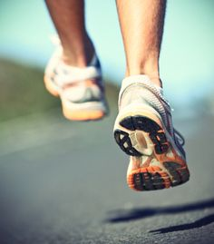 Happy Feet: Tips For Healthier Running by Gretchen Reynolds, npr: Listen to how she learned to run safely.  #Running #Health #Gretchen_Reynolds #npr