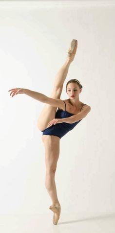 #ballerina #ballet #dancer #flexible