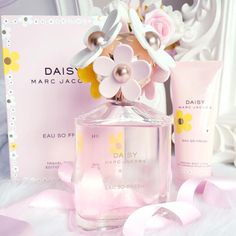 Marc Jacobs | Daisy Eau So Fresh Perfume www.instagram.com/catherine.mw www.lovecatherine...