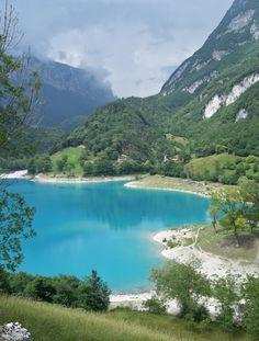 Lago di Tenno, Trentino, Italia.