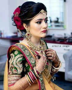 Niceeeeeeee Brides In 2019 Indian Wedding Jewelry Indian Niceeeeeeee Brides In 2019 Indian Wedding Jewelry Indian Maharashtrian Bridal Makeup Trends 2019 Makeup Trends 2019 Jewelry Trends Bridal Hairstyle Indian Wedding, Indian Wedding Bride, Bridal Hairdo, Indian Wedding Hairstyles, Indian Bridal Fashion, Indian Bridal Makeup, Indian Wedding Jewelry, Indian Bridal Wear, Bridal Beauty