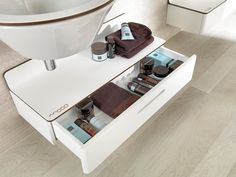Good drawer for a small bath