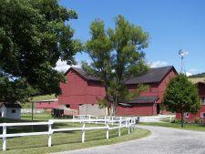 Yoder's Amish Farm between Walnut Creek & Trail