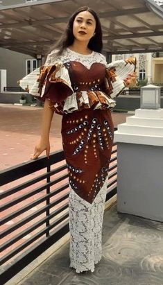 African Traditional Dresses, Latest African Fashion Dresses, African Print Dresses, African Dresses For Women, African Print Fashion, Africa Fashion, African Attire, Ankara Fashion, Fashion Outfits