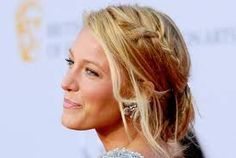 Cute Up do #Blake_lively #hairstyles
