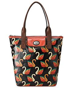 Fossil Limited Edition Swan Key-Per tote bag design inspired by classics of the past with colourful patterns that are perfect for today. The black multi Swan is not only a limited edition its a real statement bag. Fossil Handbags, Fossil Bags, Tote Handbags, Vintage Handbags, Black Handbags, Radley Bags, Branded Bags, Fashion Handbags, Purses And Bags