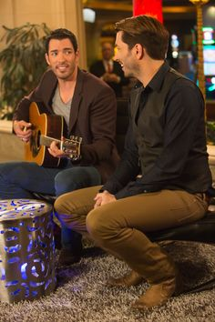 Get ready for the Property Brothers hosting the Top 50 Videos of 2013!
