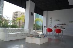 #Contract #Moderno #Tienda #Accesorios #Mesas de centro #Vidrio #Estanterias #Sofas #Taburetes