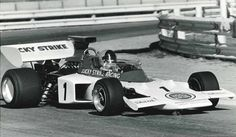 Dave Charlton Lotus 72 in the South African Championship. F1 Lotus, Formula 1 Car, F1 Drivers, South Africa, African, Racing, Friends, Running, Auto Racing