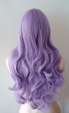 Pastel light purple Long curly hair synthetic wig for women. Pastel light purple Long by kekeshop Estás en el lugar correcto para diy - Pastel Wig, Pastel Purple Hair, Hair Color Purple, Hair Dye Colors, Cool Hair Color, Purple Ombre, Purple Wig, Light Purple Hair Dye, Deep Purple