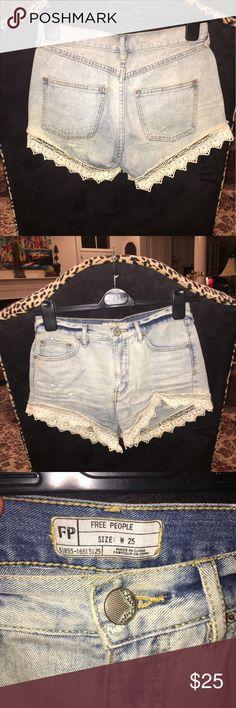 Lace trim Jorts - FREE PEOPLE Free people light wash jeans shorts Free People Shorts Jean Shorts