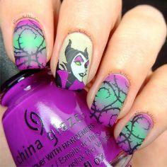 44 Cute Holiday Nail Art Design Ideas Match For Fall And Winter Season Nail Art Designs, Disney Nail Designs, Disney Halloween Nails, Halloween Nail Designs, Fancy Nails, Cute Nails, Pretty Nails, Maleficent Nails, Nail Art Disney