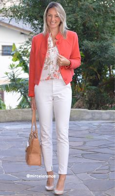 Look de trabalho - look do dia - look corporativo - moda no trabalho - work outfit - office outfit -  winter outfit - look executiva - look de frio - look de inverno - warm outfit - white pants- casaco coral