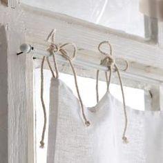 The Noble Home — (via Loberon) Home Curtains, Curtains With Blinds, Kitchen Curtains, Home Decor Kitchen, Diy Home Decor, Farmhouse Window Treatments, Window Dressings, Curtain Designs, Window Coverings
