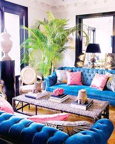 72 Blue Living Room Decor for Your Home Blue Couch Living Room, Blue Couches, Living Room Decor, Living Spaces, Living Rooms, Blue Tufted Sofa, Blue Velvet Sofa, Decoration Inspiration, Room Inspiration