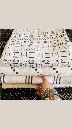 Small House Design, Modern House Design, African Culture, West Africa, African Fabric, Textiles, Interior Design, Mud, Clothes