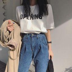 Korean Fashion Trends you can Steal – Designer Fashion Tips Korean Girl Fashion, Korean Fashion Trends, Ulzzang Fashion, Korean Street Fashion, Korea Fashion, Asian Fashion, Look Fashion, Fashion Outfits, Mens Fashion
