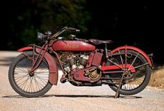 Vintage Motorcycles Classic Indian Powerplus — Plus - Classic American Motorcycles - Motorcycle Classics - This 1921 Indian Powerplus was a truly modern motorcycle in its day. Riding one now is a different story. Womens Motorcycle Helmets, Motorcycle Types, Cafe Racer Motorcycle, Motorcycle Posters, Motorcycle Girls, Motorcycle Engine, Motorcycle Quotes, Motorcycle Design, Vintage Bikes