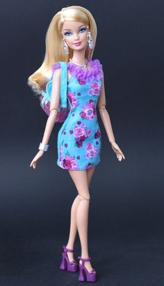Fashionistas Barbie in her new dress.. by fashiondollcollector, via Flickr