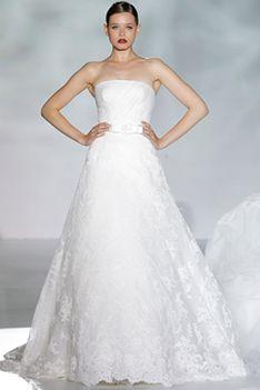 Vestido de la Colección PLATINUM de Patricia Avedaño  #Wedding #Encuentrosdenovias #Novias #Bodas #WeddingPlanner #EdNEventos #Bridal #Bridalweek #BarcelonaBridalWeek
