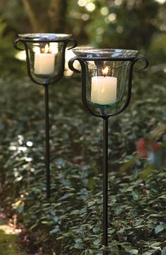 17 Incredible Candle Ideas to Add to Your Garden - Garden Lovers Club Outdoor Candle Holders, Outdoor Candles, Outdoor Lighting, Wedding Lighting, Moon Garden, Garden Art, Home And Garden, Chandeliers, Cottage Style Furniture