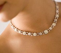 Most elegant and beautiful diamond necklace designs Diamond Necklace Simple, Diamond Pendant Necklace, Diamond Bracelets, Sterling Silver Bracelets, Diamond Jewelry, Gold Necklaces, Diamond Earrings, Sapphire Rings, Jewellery Earrings