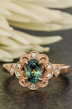 Antique engagement rings - 39 Vintage Engagement Rings With Stunning Details – Antique engagement rings Beautiful Wedding Rings, Wedding Rings Vintage, Vintage Rings, Wedding Bands, Wedding Veils, Vintage Stuff, Vintage Silver, Wedding Hair, Bridal Hair