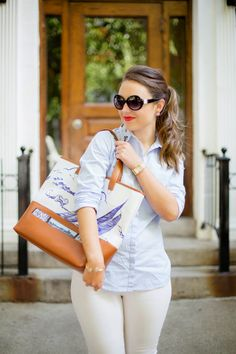 Kerrie from RARELY TAKEN SERIOUSLY looking gorgeous with our Sailing Boat Bag!