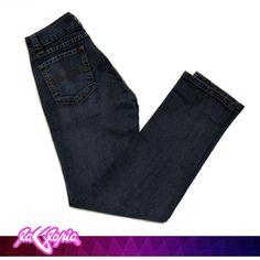 El #Azul es un buen color para usar en climas fríos o lluviosos #Jeans 1er.Piso #Caballeros