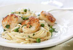 Linguini with Sautéed Scallops and Peas | Skinnytaste