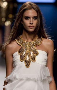 Teresa Helbig Spanish Fashion, Mode Inspiration, Runway, Unique Jewelry, Lifestyle, My Style, Women, Brides, Style