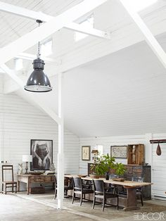 Designer Crush: Cliff Fong// barn, industrial light fixture, wooden farm table